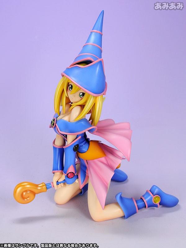 Figurine Magicienne des Ténèbres – Yu-Gi-Oh!