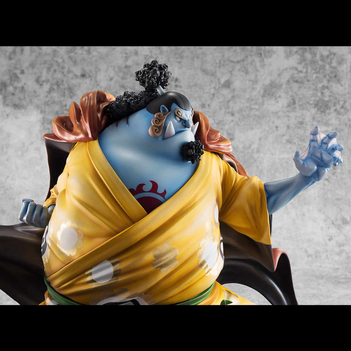 Figurine Jinbei (Limited Edition + Exclusive) – One Piece